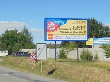 c331d7715 Efektivitu venkovní reklamy zvyšuje obměna reklam, která je u billboardů  snadná, a také skvělá grafika. Plochy mají rozměr 5,1 x 2,4 m.